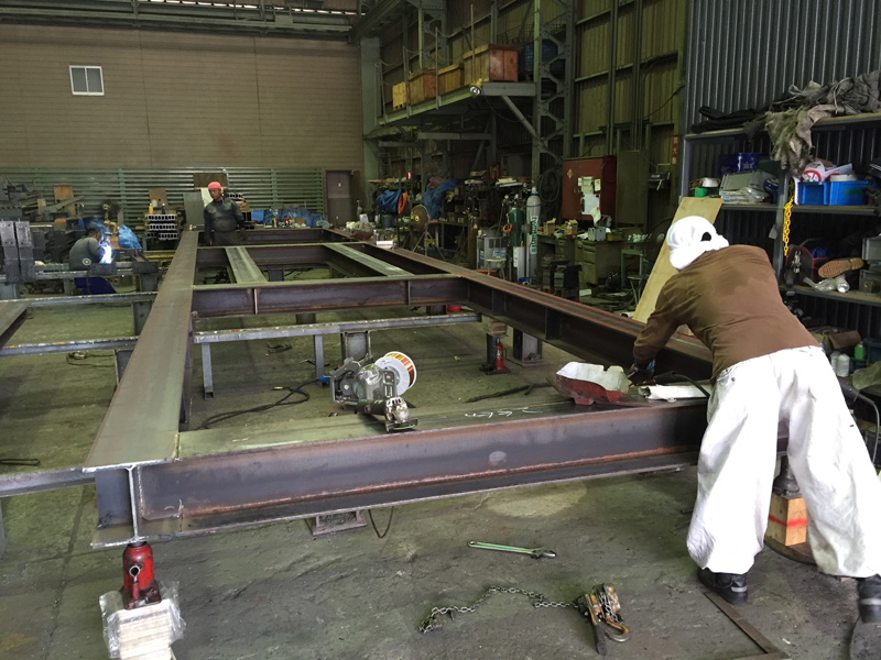 H形鋼鉄骨製作