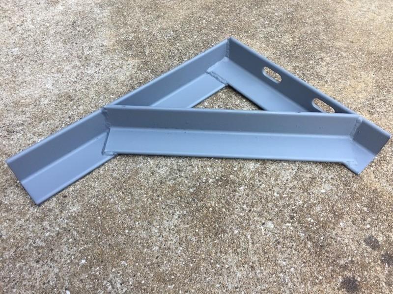 鋼材三角ブラケット